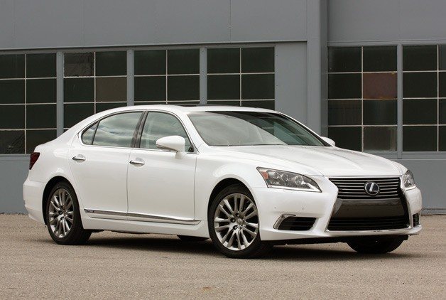 Lexus LS